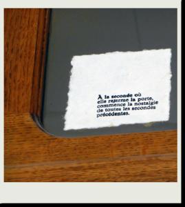 Papier fait main, machine à écrire